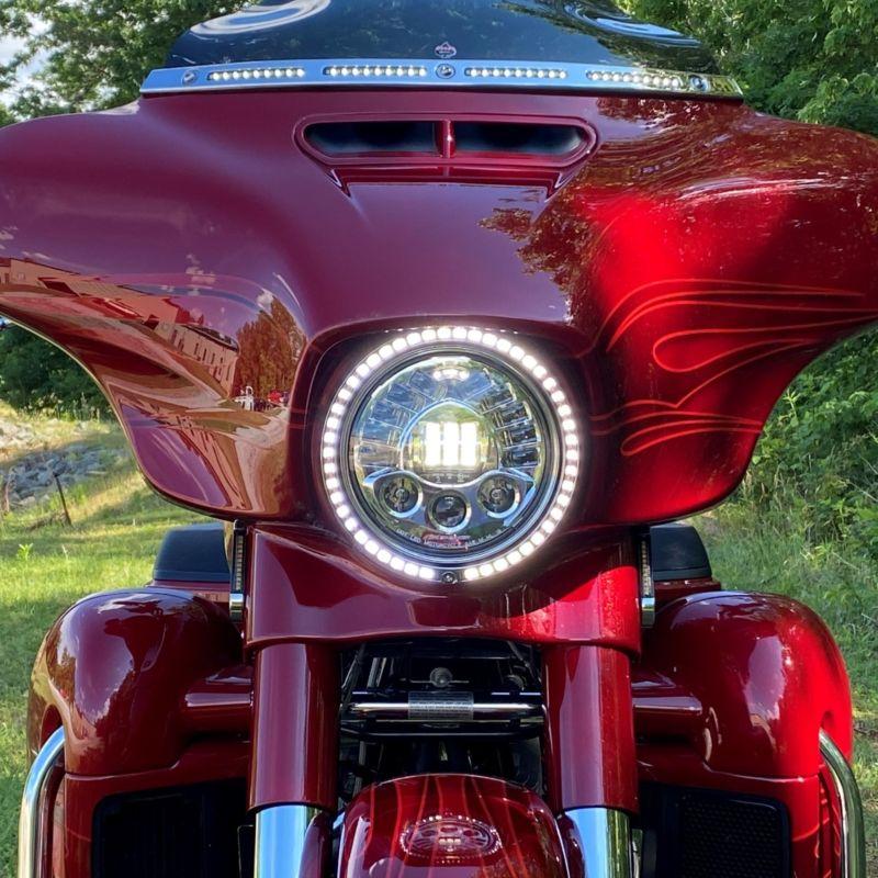 "ProBEAM® 7"" Headlamp Trim Ring with Turn Signals for 1996-2005 Harley-Davidson®"
