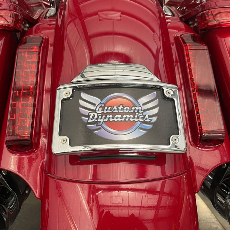 Illuminated Radius CVO™ License Plate Frame