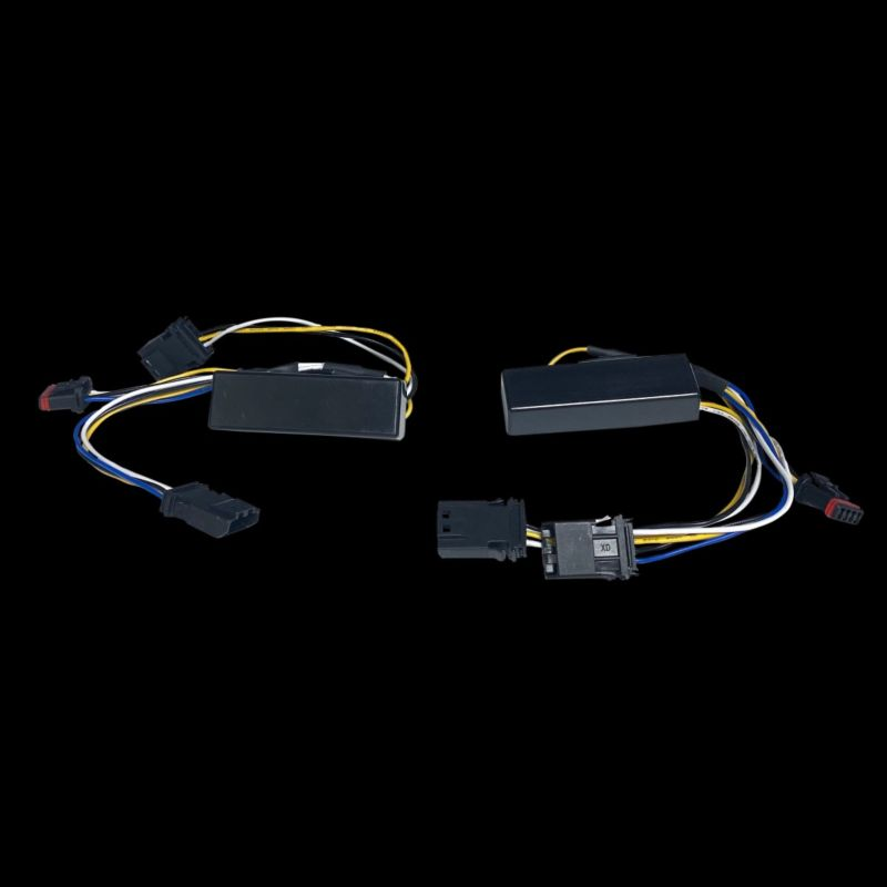 Amber/White Micro Turn Signal Wiring Adapter for 2018-2021 Softail Models