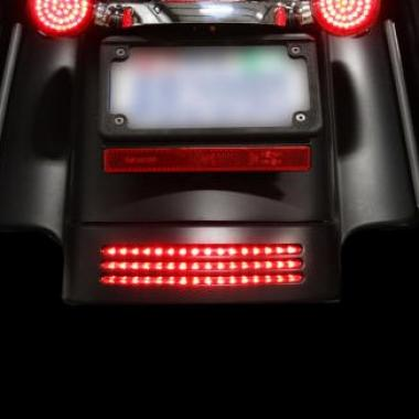 H-D™ LED Fender Tips & TriBars